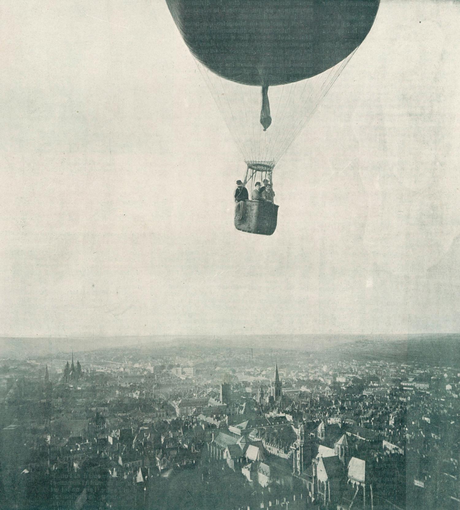 Vol de l'Aéro-club au-dessus de Dijon